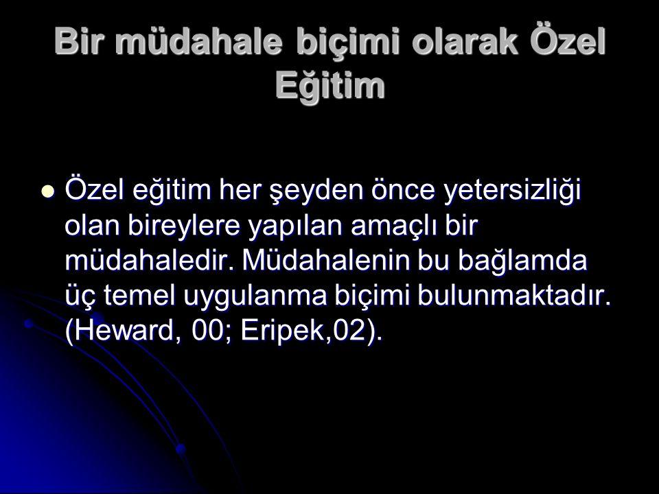 Bizde, Grati Efendi 1889 da İstanbul da Sultan Ahmet de ki Ticaret Mektebi nin bir kanadında sağırlar okulu açmış daha sonra körler okulu eklenmiştir.