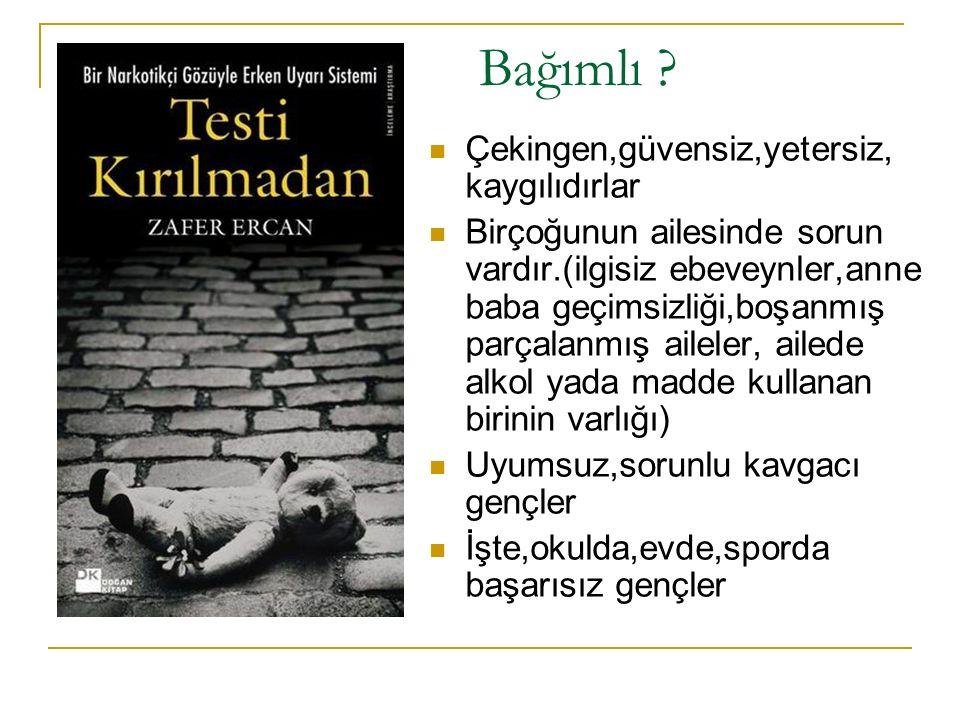 PKK itirafçısı zehir taciri çıktı Şemdinli deki olayların tartışmalı iddianamesinde adı geçen Orhan Tekin uyuşturucu ticaretinden tutuklandı ERDAL KILINÇ İstanbul Şemdinli olaylarında adı itirafçı olarak gündeme gelen Orhan Tekin, Şemdinli den getirdiği ve İstanbul da iç piyasaya sürmeye hazırlandığı 46 kilo 550 gram esrarla yakalandı.