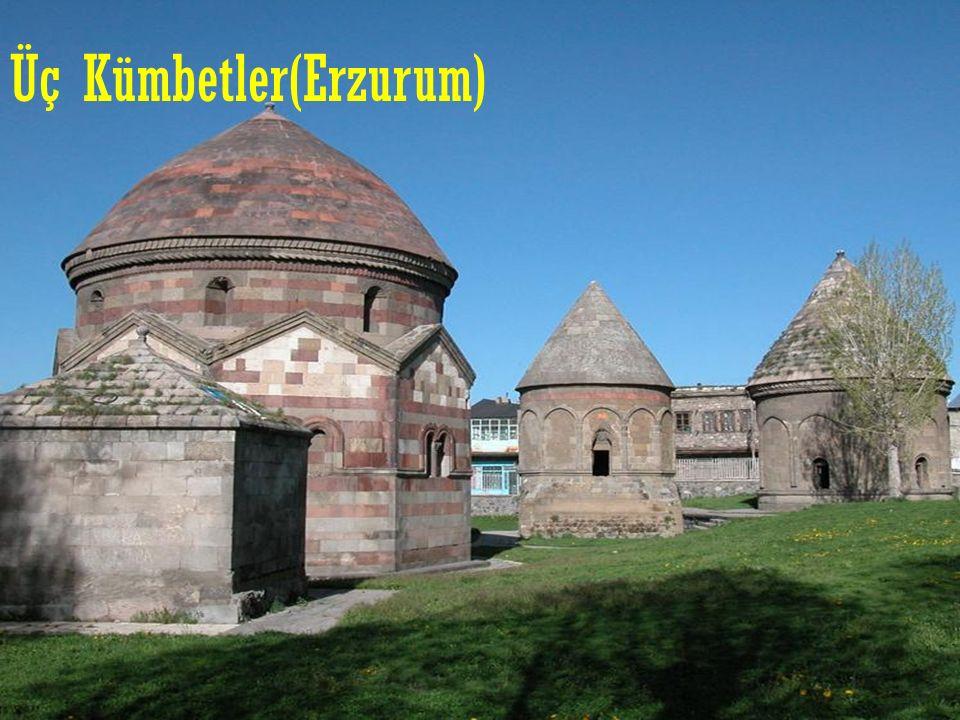 Üç Kümbetler(Erzurum)