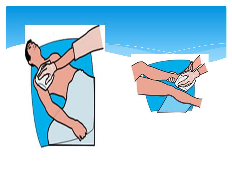  Hastanın ayağını küvetin içine yerleştiriniz.Ayağı küvetin içinde 3-5 dakika bekletiniz.