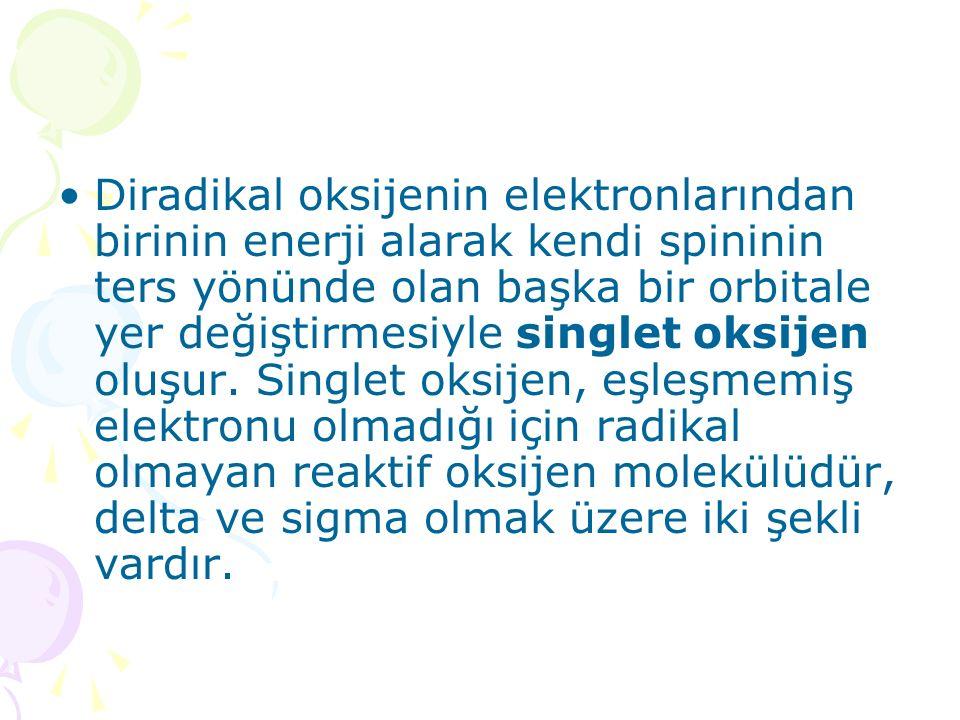 Diradikal oksijenin elektronlarından birinin enerji alarak kendi spininin ters yönünde olan başka bir orbitale yer değiştirmesiyle singlet oksijen olu