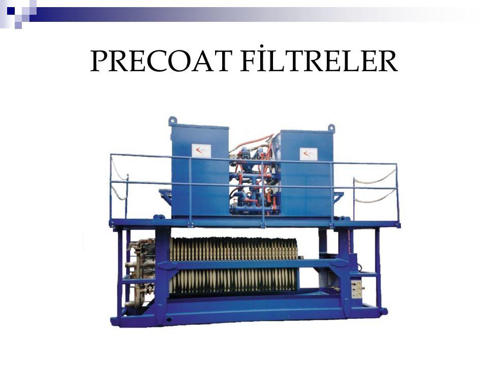 FİLTRE ÇEŞİTLERİ Filtrasyon hızına göre 2 çeşit filtre vardır; Yavaş filtreler:bu filtrelerde filtrasyon hızı 0,1-0,5 m 3 /m 2.saat civarındadır Hızlı filtreler:Bu çeşit filtrelerde filtrasyon hızı yüksek olup, 5-15 m 3 /m 2.saat civarındadır.