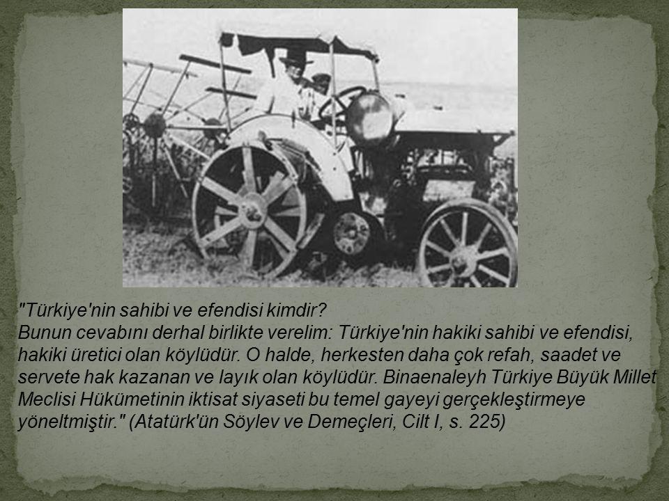 """1945 yılında çıkarılan """"çiftçiyi topraklandırma kanunu"""" ile de vakıf arazilerinin tümünün kamulaştırılarak çiftçiye dağıtılması çalışmaları başlamıştı"""
