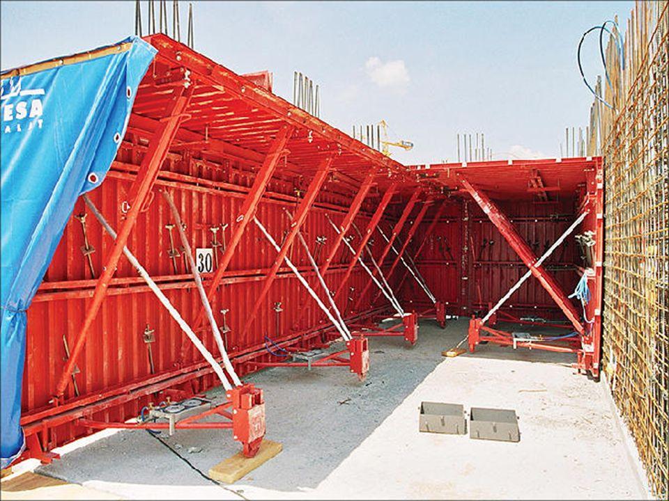 Taşıyıcı duvar ve döşemelerin bütün halinde ve tek işlemle yerinde dökümünü sağlayan bu yapım sistemi, bu yönüyle geleneksel yapım sistemine benzemektedir.
