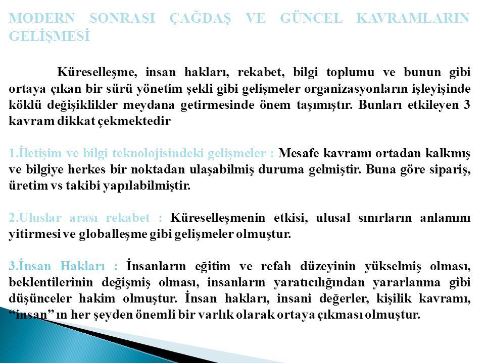  Türkiye'de de, daha çok İngilizce adıyla anılan kıyaslama, konunun bir uzmanına göre, en iyi endüstri uygulamalarının ortaya çıkarılmasını, analizden geçilmesini, benimsenmesini ve uygulanmasını sağlayan sürekli bir araştırma ve öğrenme deneyimidir. Kıyaslama, temelde, bir işletmenin kendi performans standartlarını belirleme yolunda, iş hayatında lider işletmelerin kendi sektörlerinde nasıl üstün performans sergilediklerini inceleyip, sürekli ölçümlerle ve kendisini onlarla kıyaslayarak pazarda rekabet üstünlüğü kazanma yaklaşımı veya tekniğidir.