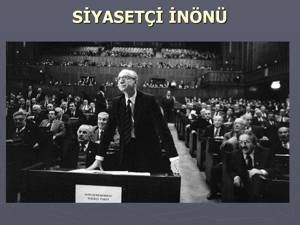 ► 1983 yılında siyasete atılan Erdal İnönü, Sosyal Demokrasi Partisi nin (SODEP) kurucu Genel Başkanı oldu, SODEP ile Halkçı Partinin Birleşmesi sonucu kurulan SHP nin ilk olağanüstü kurultayında SHP Genel Başkanı seçildi, Bu görevini 1993 yılına kadar sürdürdü.