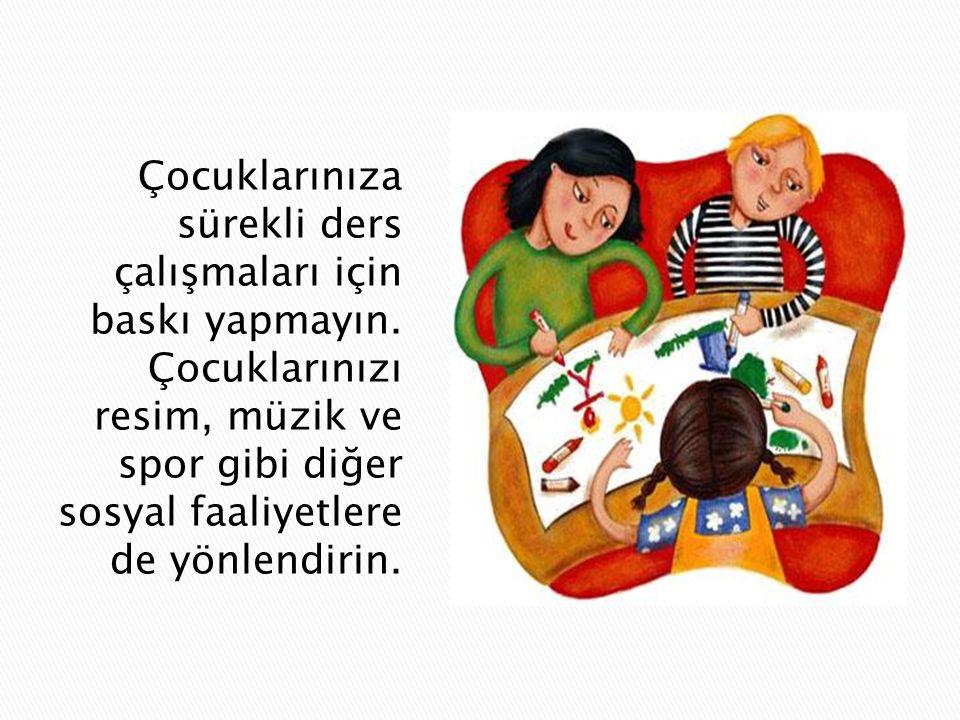  Çocuğunuzun başarısında önemli etkenlerden bir tanesi de düzenli ve uyumlu bir aile hayatıdır.  Çocuğunuzun düzenli yemek yemesine ve uykusunu alma