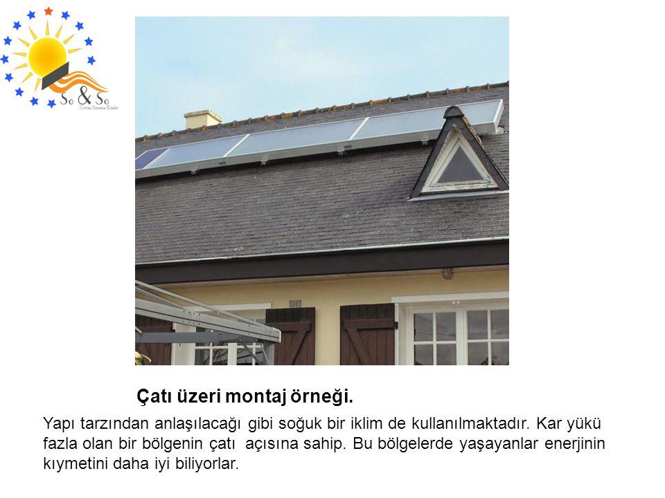 Çatı üzeri montaj örneği. Yapı tarzından anlaşılacağı gibi soğuk bir iklim de kullanılmaktadır. Kar yükü fazla olan bir bölgenin çatı açısına sahip. B
