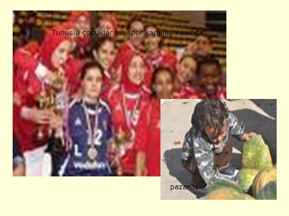 Tunuslu bir adamTunuslu bir kadın