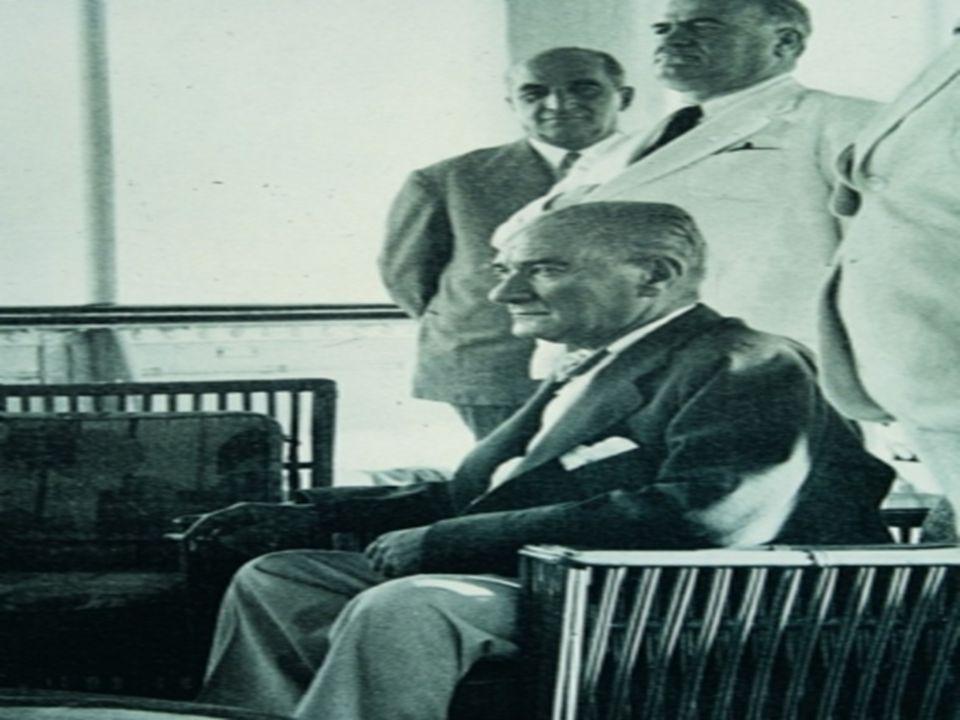 Temmuz sonlarına kadar Savarona'da kalan Atatürk'ün hastalığı ağırlaşınca Dolmabahçe Sarayı'na nakledildi. O'nun hastalığını duyan Türk Milleti sağlığ