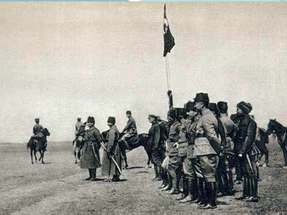 SON YILLARI Hastalığının ilk belirtileri 1937 yılında ortaya çıkan Atatürk, 1938 yılı başlarında Yalova'da bulunduğu sırada, ciddi olarak rahatsızlandı.