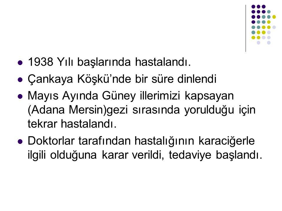 Anayasamızın birinci maddesinde ; Türkiye Devleti bir Cumhuriyettir. hükmü yer alır.Daha sonra Türkiye Cumhuriyeti'nin nitelikleri anlatılır.