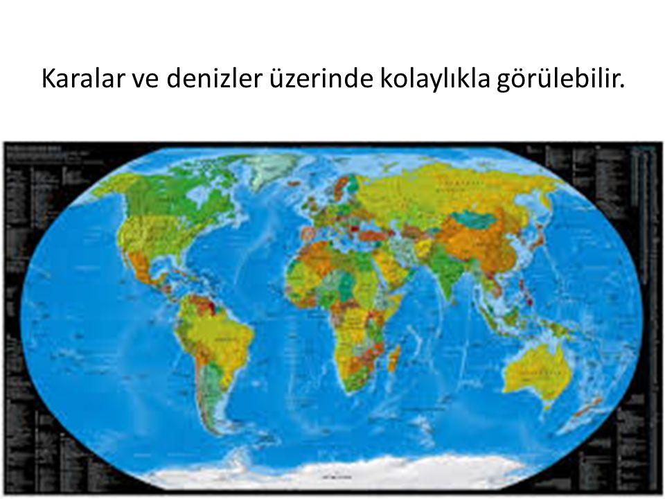 Dünya modeli üzerinde mavi ile gösterilen bölümler su küreyi temsil eder.