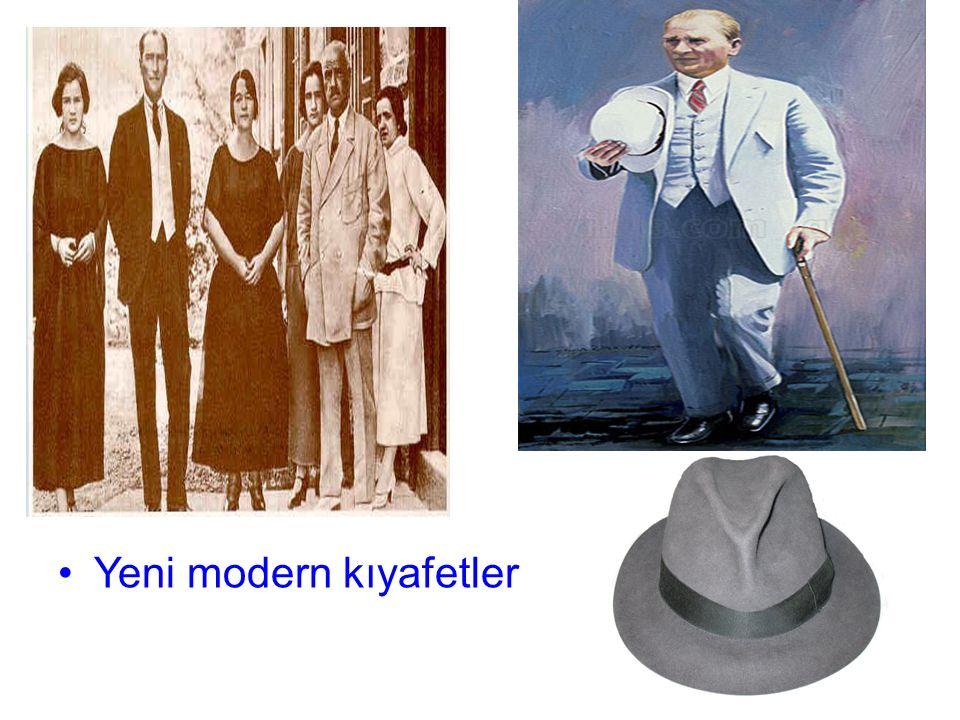Yeni modern kıyafetler