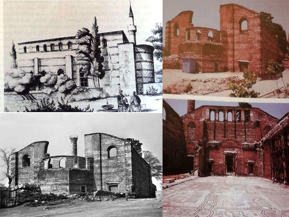 İlk Surlar: Dönemin tarihçileri bu surların yapımına 412 de başlanıldığını ve çok kısa bir sürede bitirildiğini söylemektedirler.
