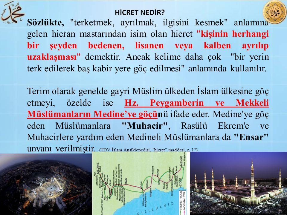 İbni Abbas (ra) dan şöyle rivayet edilmiştir: Hz Peygamber döneminde, Müslümanlardan birtakım kimseler, müşriklerin yanında kalıyor böylece müşriklerin topluluğunu çoğaltmış oluyorlardı.