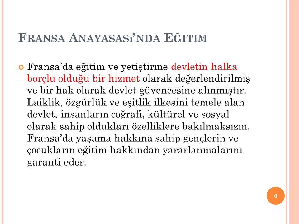 Türkiye'de okul yılı 180 günden az olamaz.Okullarda eğitim hafta içi gerçekleştirilir.