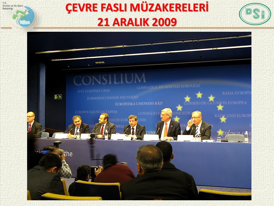 9 ÇEVRE FASLI KAPANIŞ KRİTERLERİ Ülkemizin Müzakere Pozisyon Belgesi ne karşılık olarak hazırlanan Avrupa Birliği'nin Ortak Müzakere Pozisyon Belgesi nde, Çevre Faslı nın geçici olarak müzakerelere kapatılabilmesi için 6 adet Kapanış Kriteri belirlenmiştir.