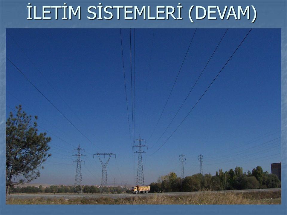 STANDART GERİLİMLER (TS83) 1- Alçak Gerilim Grubu: 100 – 1000 V arası gerilim seviyesi (220/380V) 2- Orta Gerilim Grubu: 3; 6, 10, 15, 20, 25, 30, 31.5, 33, 34.5 kV gerilimleri 3- Yüksek Gerilim Grubu: 45, 60, 66, 80, 110 kV gerilimleri 4- Çok Yüksek Gerilim Grubu: 154, 220, 380, 400, 750 kV gerilimleri