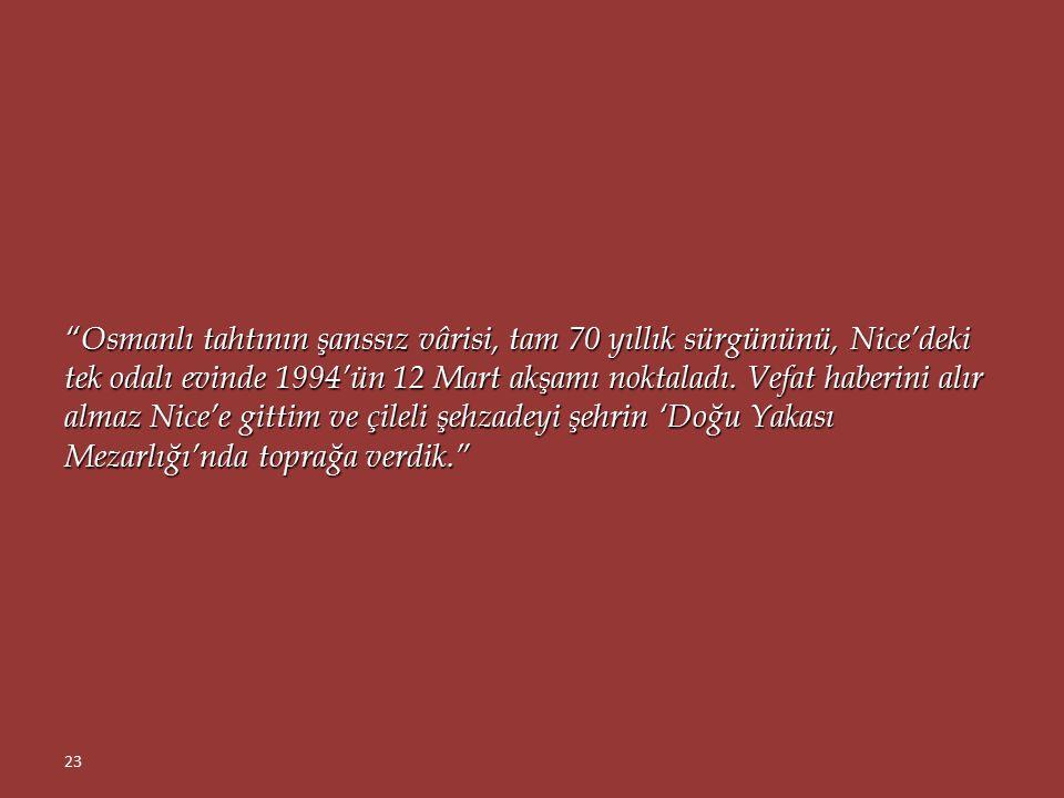 """""""Bir sabah, büyükbabalarının koskoca imparatorluğu yüzlerce yıl idare ettikleri Topkapı Sarayı'nı gezdi Mehmed Orhan. 68 yıl öncesinden çok farklı bir"""