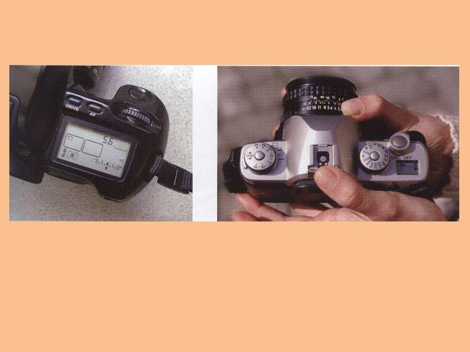 Enstantane (Örtücü, Obtüratör) Film düzlemi üzerine düşecek ışığın süresini yani poz süresini denetleyerek filmin önünü kapatan sistemdir.