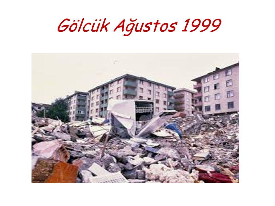 Marmara Depremi sonrasında oluşan bir kiriş hasarı