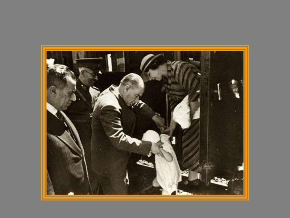 Öğrenci olan Mustafa ile İstanbul da konuşurken (19 Eylül 1930)