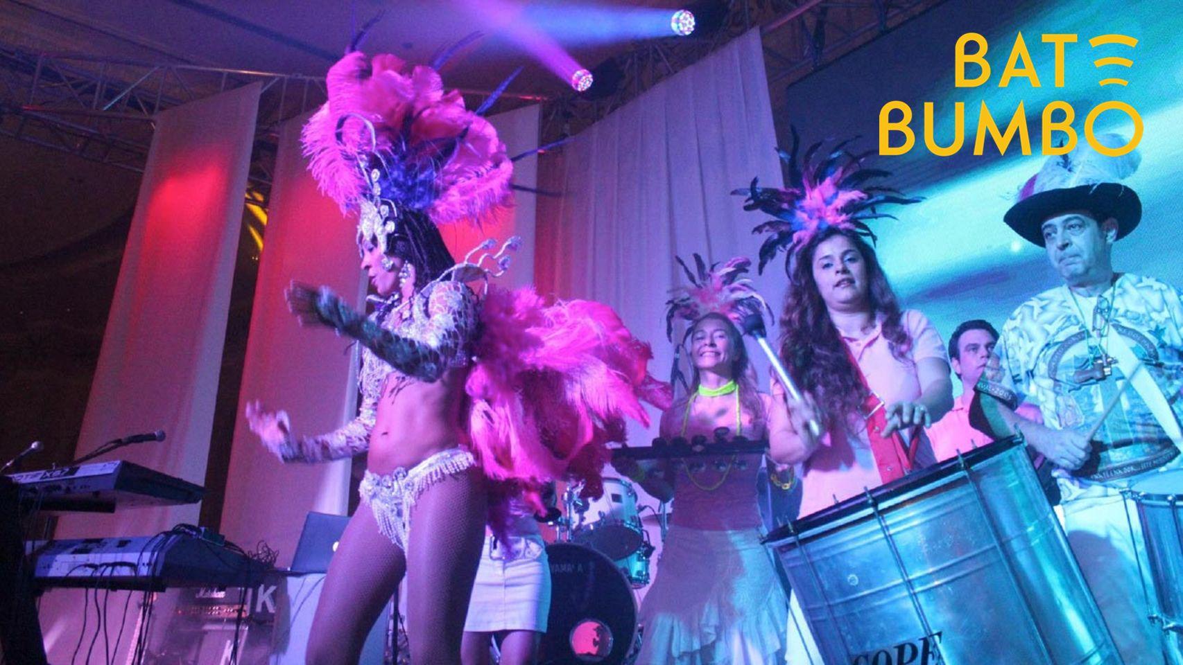 Bulundugu etkinliklerde farklı ve yenilikçi repertuarlar geliştiren grubumuz, çeşitli performanslarını konuk perküsyoncular, nefesli çalgılar ve Samba dansçıları ile birlikte gerçekleştirerek, katılımcılara karnaval tadında bir müzikal ziyafet fırsatı sunmaktadır...
