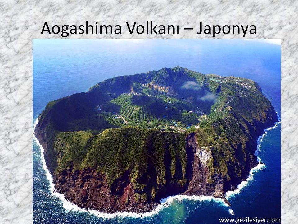 Aogashima Volkanı – Japonya Talip Alaoğlu
