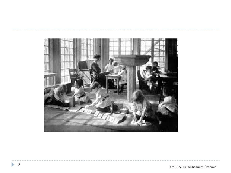 Yapılan araştırmalar 60 Ohtoshi, Muraki ve Takada (2008) Montessori e ğ itimi alan 36-83 aylar arasındaki 63'ü erkek, 81'i kız olmak üzere 144 çocu ğ un dü ğ me ilikleme ve çözme aktivitelerinin yaş ve cinsiyet de ğ işkenine göre farklılaşıp, farklılaşmadı ğ ını incelemişlerdir.