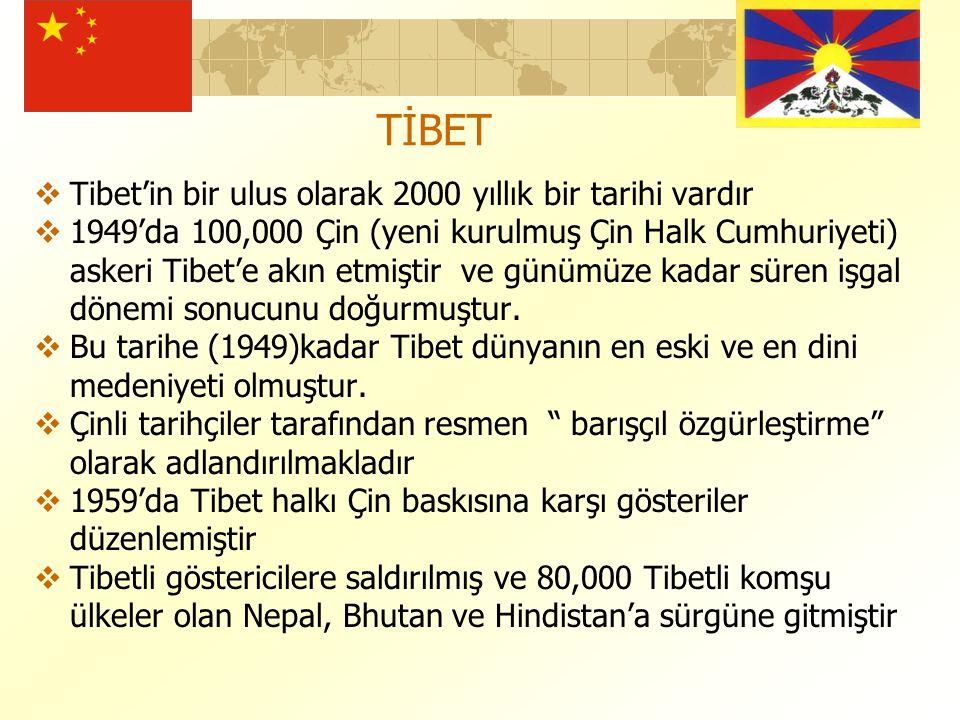  Tibet'in bir ulus olarak 2000 yıllık bir tarihi vardır  1949'da 100,000 Çin (yeni kurulmuş Çin Halk Cumhuriyeti) askeri Tibet'e akın etmiştir ve günümüze kadar süren işgal dönemi sonucunu doğurmuştur.