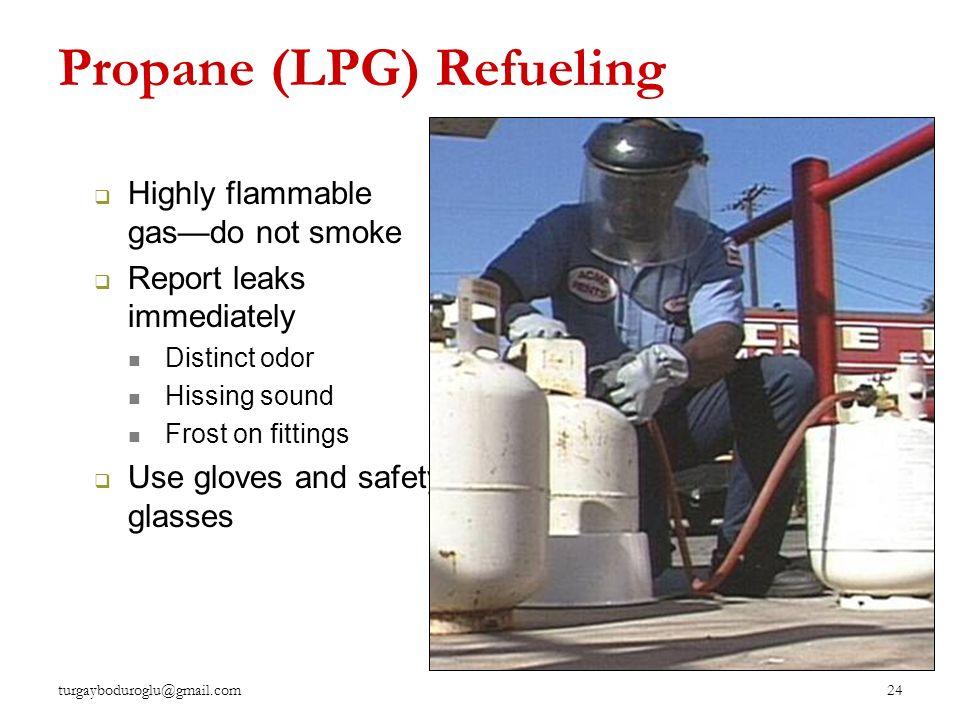 Forkliftlerin yakıt tipine göre sınıfları Dizel Elektrikli Benzinli LPG'li 23 turgayboduroglu@gmail.com