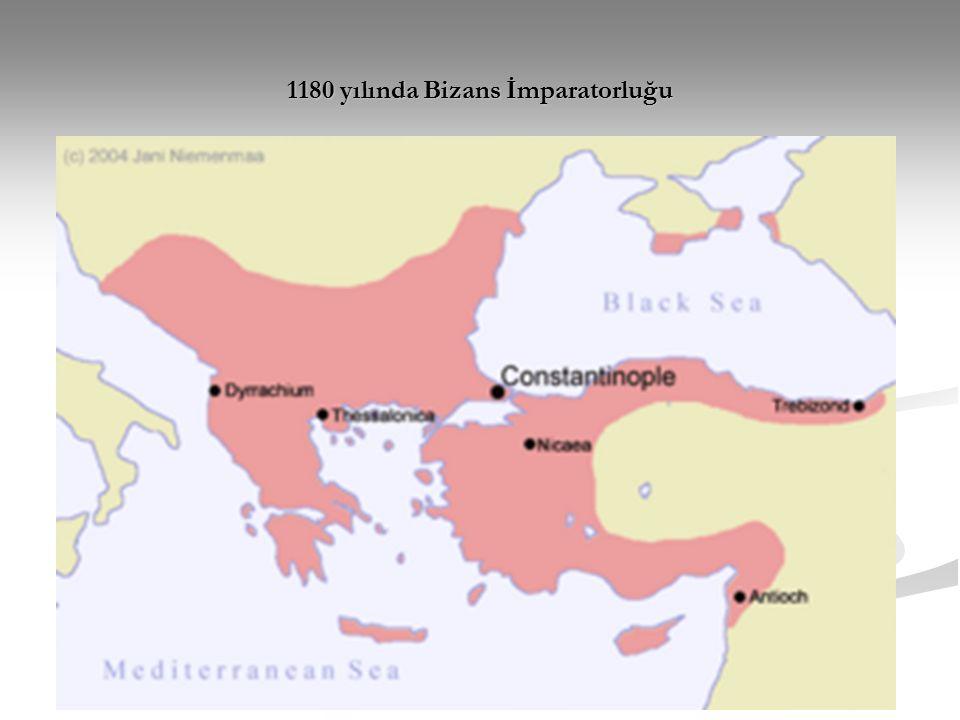 Bizans Sanatı üç büyük dönem ve bir ara dönem içinde ele alınmaktadır: İlk Bizans Dönemi (Erken Bizans Dönemi) İlk Bizans Dönemi (Erken Bizans Dönemi) İkonolazma Dönemi (Ara Dönem) İkonolazma Dönemi (Ara Dönem) Orta Bizans Dönemi Orta Bizans Dönemi Son Bizans Dönemi Son Bizans Dönemi