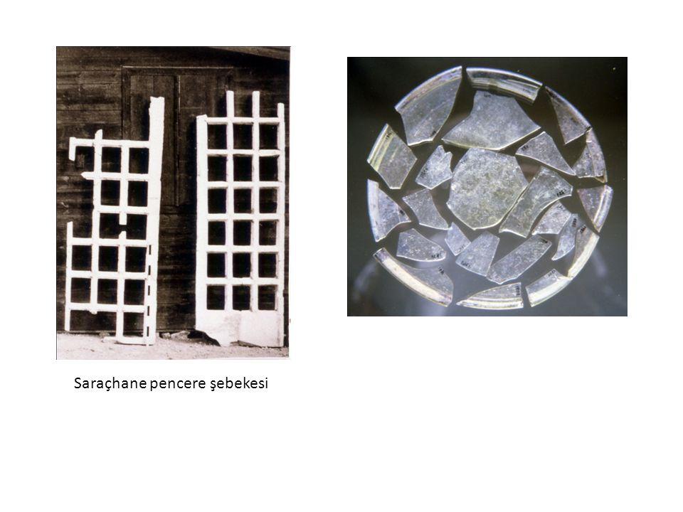 Aslan maskeli kap, aplik, Fransa Reims,4 yyLif baglamalı kadeh,4. yy Köln
