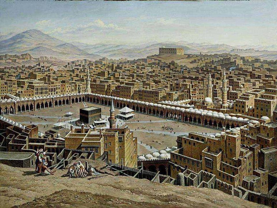 Mekke'ye put, Huzaa kabilesinden olan ve Kâbe'nin perdedarlığını yapan Amr bin Luhay tarafından getirilmiştir.