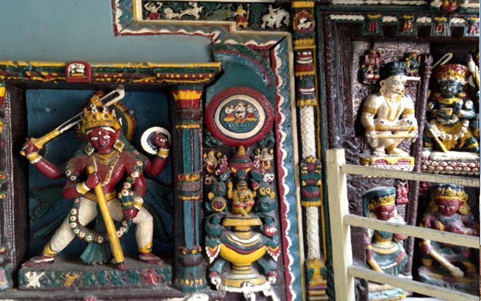 BUDA Tapınağının etrafında Tavaf;