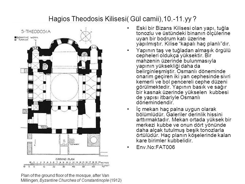 """Eski bir Bizans Kilisesi olan yapı, tuğla tonozlu ve üstündeki binanın ölçülerine uyan bir bodrum katı üzerine yapılmıştır. Kilise """"kapalı haç planlı"""""""