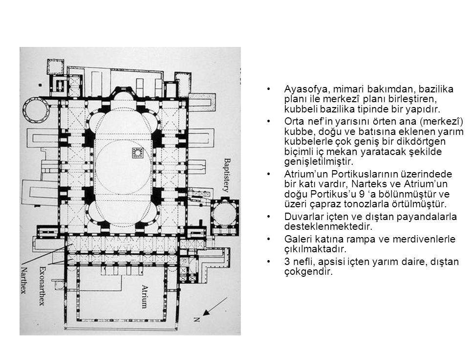 Ayasofya, mimari bakımdan, bazilika planı ile merkezî planı birleştiren, kubbeli bazilika tipinde bir yapıdır. Orta nef'in yarısını örten ana (merkezî