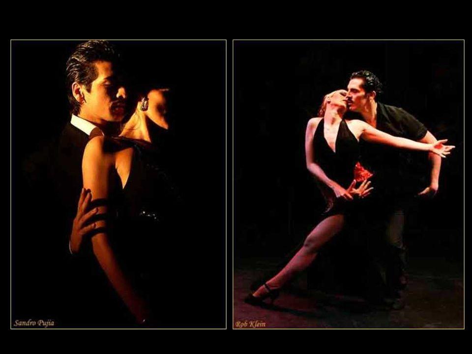 Alberto Castillo en La barra de la esquina Enrique Santos Discépolo (1901-1951) Autor del emblemático tango Cambalache