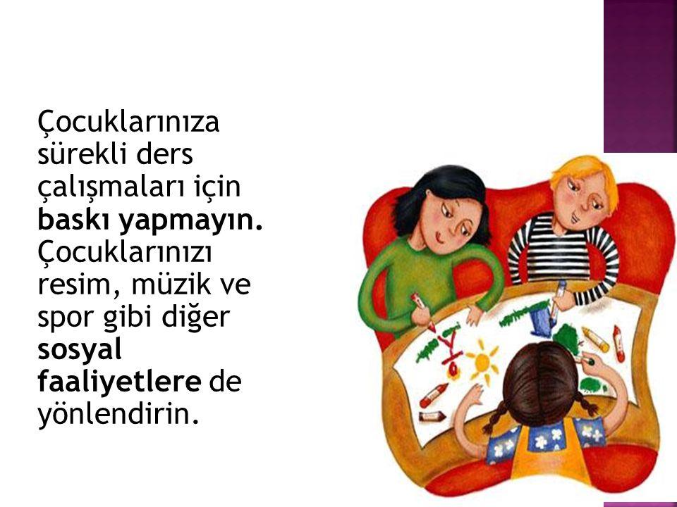 Zaman kaybetmemek, çocuğun dikkatinin dağılmasını önlemek için ödev yaparken gerekli tüm malzemelerin olduğu bir ödev kutusu oluşturulabilir.