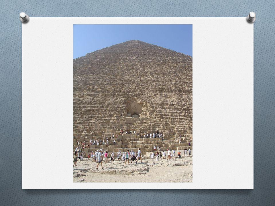 Verner konuya ilişkin olarak şöyle yazıyor: Eski Mısırlılar π sayısını kesin olarak belirlememişlerse de bunu uygulamada kullandıkları görülmektedir. Piramitler üzerinde ilk hassas ölçümlerde bulunmuş uzman olan Petrie ise şu sonuca varmıştı: Piramidin yüzeylerinin matamatiksel ilişkileri ve dairesel oranları rastlantıyla açıklanamayacak derecede, o kadar sistemlidir ki, bunların projede öngörüldüğünü, yani inşaatçıların tasarımında mevcut bulunduğunu kabul etmek zorundayız. Petrie, daha o zamandan kitabında şöyle yazıyordu: Buradan şu sonucu çıkarıyoruz ki dairenin çapına bölümünün yaklaşık oranı olan 22/7 oranını bilmekteydiler.