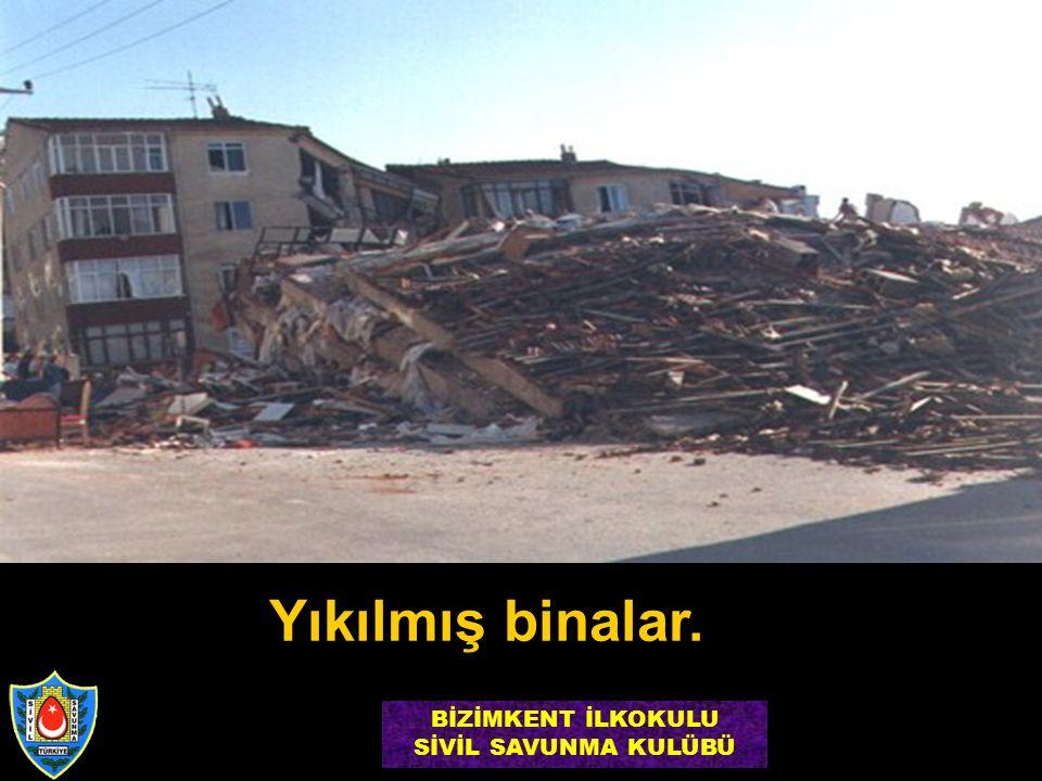 Yıkılmış binalar. BİZİMKENT İLKOKULU SİVİL SAVUNMA KULÜBÜ