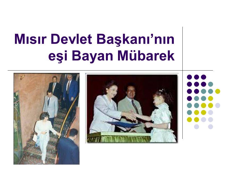Mısır Devlet Başkanı'nın eşi Bayan Mübarek