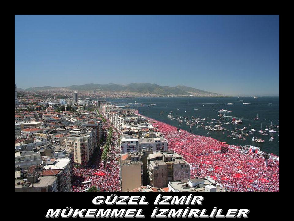 İzmir bizimdir, TÜRKİYE bizimdir sonsuza kadar, Atatürk'ün çocukları bu vatanda yaşar. Mustafa Kemal'in askerleriyiz...