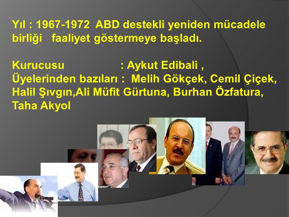 Yıl : 1967; Şule Yüksel Şenler, il il Anadolu'yu gezerek, Mehmet Şevket Eygi'nin desteği ve yönlendirmesiyle baş örtüsü propagandası yapmaya başladı.