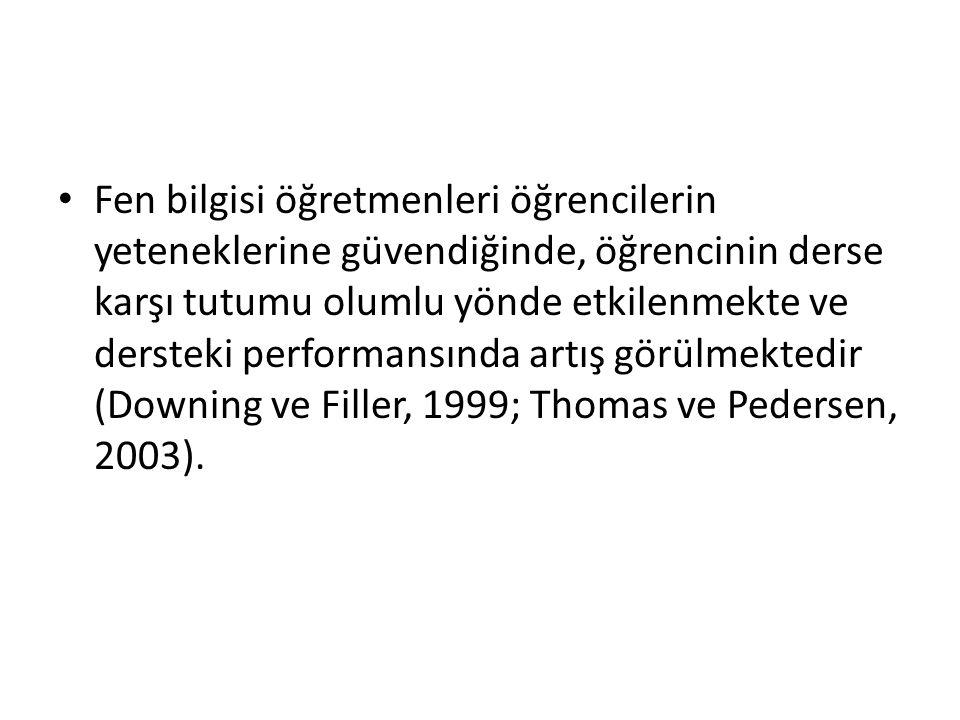 Fen öğretimine yönelik tutumu etkileyen faktörlerle ilgili çalışmalar incelendiğinde, tutumun hizmet öncesi dönemde şekillenmeye başladığı sonucuna ulaşılmıştır (Hanney, Czerniak ve Lumpe 1996).