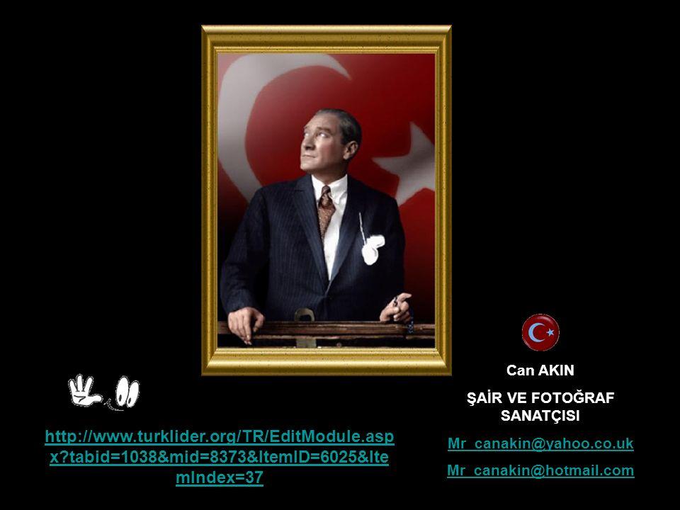 Atatürk Ulusunu, çocukları ve gençleri çok severdi. O'nun en büyük ülküsü halkla birleşmekti. 1923 yılında: