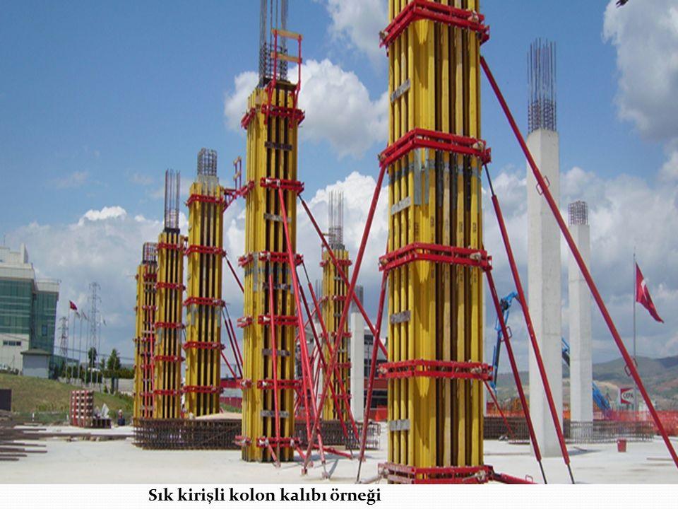 Sık kirişli kolon kalıbı örneği