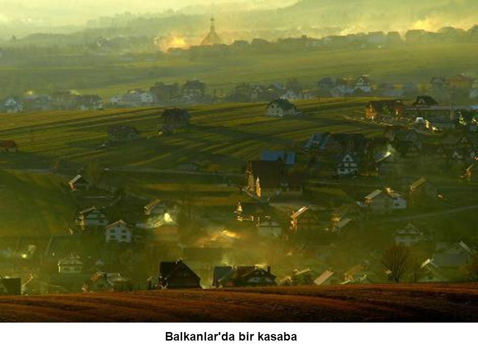 Balkanlar da bir kasaba