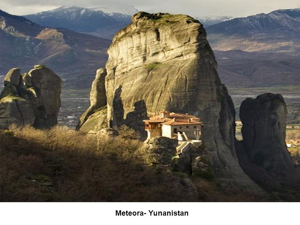Meteora- Yunanistan